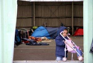 calais-migrant-child
